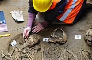 Resti umani trovati sotto la Galleria degli Uffizi a Firenze (Foto: cultural-diagnostic.it)