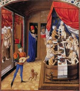 Bagni pubblici medievali in Borgogna. Uomini e donne si lavano insieme, i più ricchi mangiano durante il bagno