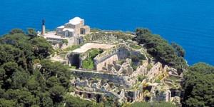 Resti di Villa Jovis, una delle residenze di Tiberio a Capri