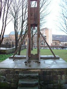 """Replica del """"patibolo di Halifax"""", alle origini della successiva ghigliottina"""
