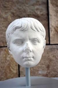 L'Imperatore Tiberio da bambino