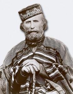 Garibaldi fotografato con indosso il suo amato poncho