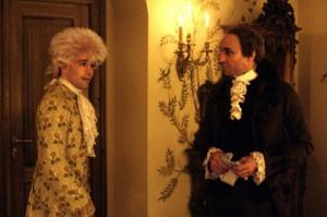 "Mozart e Salieri in una scena del celebre film ""Amadeus"""