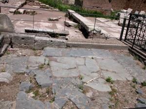 Area archeologica del Lapis Niger a Roma
