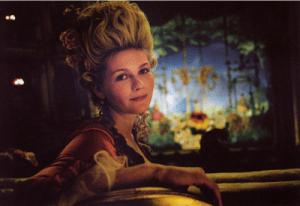 Maria Antonietta a teatro (dal film Marie Antoinette)