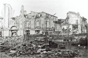 Edifici distrutti e macerie ovunque dopo il terremoto di Messina del 1908