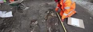 Londra: il ritrovamento della fossa comune nella City