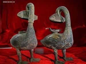 """Le antichissime lampade """"mangiafumo"""" recentemente ritrovate in Cina"""