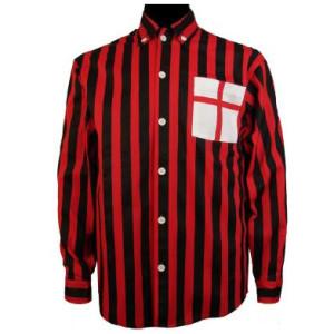 La camicia rossonera indossata dal Milan all'inizio della sua storia