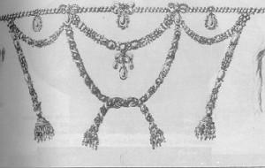 Copia della preziosa collana di diamanti che fu oggetto dello scandalo