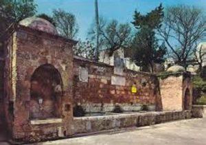 Fontana Tancredi (Brindisi) prima del restauro